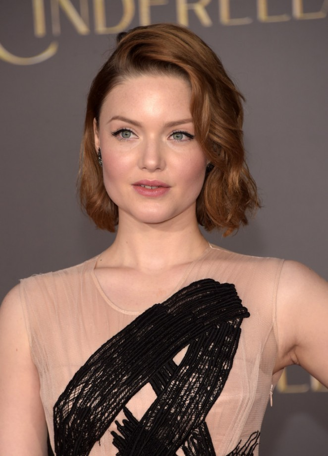 holliday-grainger-in-burberry-at-the-cinderella-la-premiere