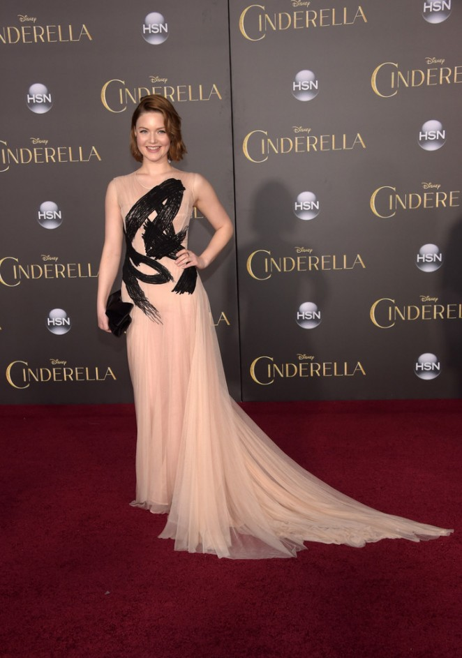 Holliday-Grainger-Cinderella-Premiere-03-662×943