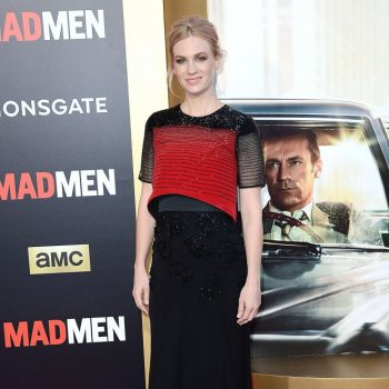 January-Jones-AMC-Mad-Men-Black-and-Red-Ball-01-662×993