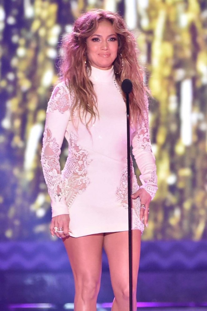 Jennifer-Lopez-In-Roberto-Cavalli-at-the-28th-Annual-Kids-Choice-Awards