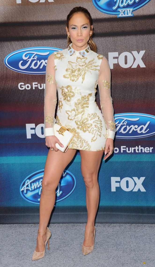 Jennifer-Lopez-American-Idol-XIV-Finalist-Party-01-662×1136