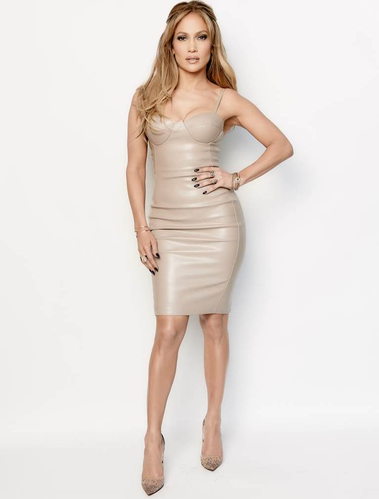 jennifer-lopez-in-house-of-cb-american-idol-xiv-top-9-revealed