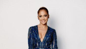 Jennifer-Lopezs-American-Idol-Elie-Saab-Navy-Blue-Embellished-Romper-and-Casadei-Pumps-668×1000-1