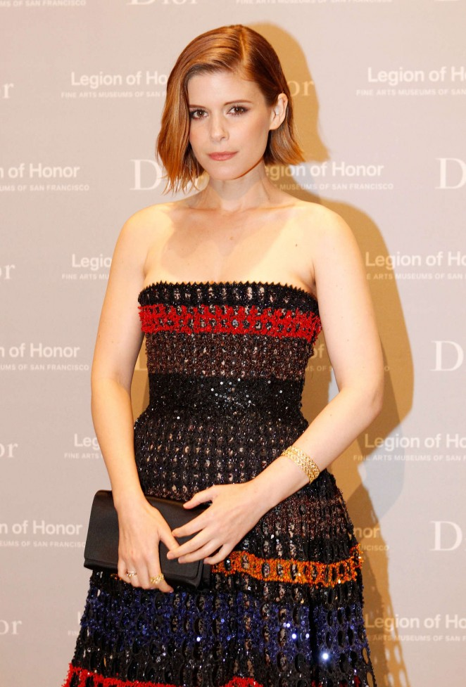 Kate-Mara-in-Christian-Dior-at-Fine-Arts-Museums-of-San-Francisco-2015-Mid-Winter-Gala