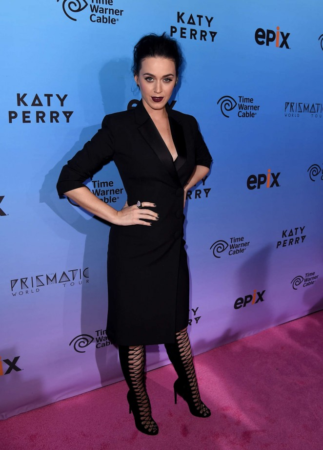 katy-perry-in-balenciaga-katy-perry-the-prismatic-world-tour-screening