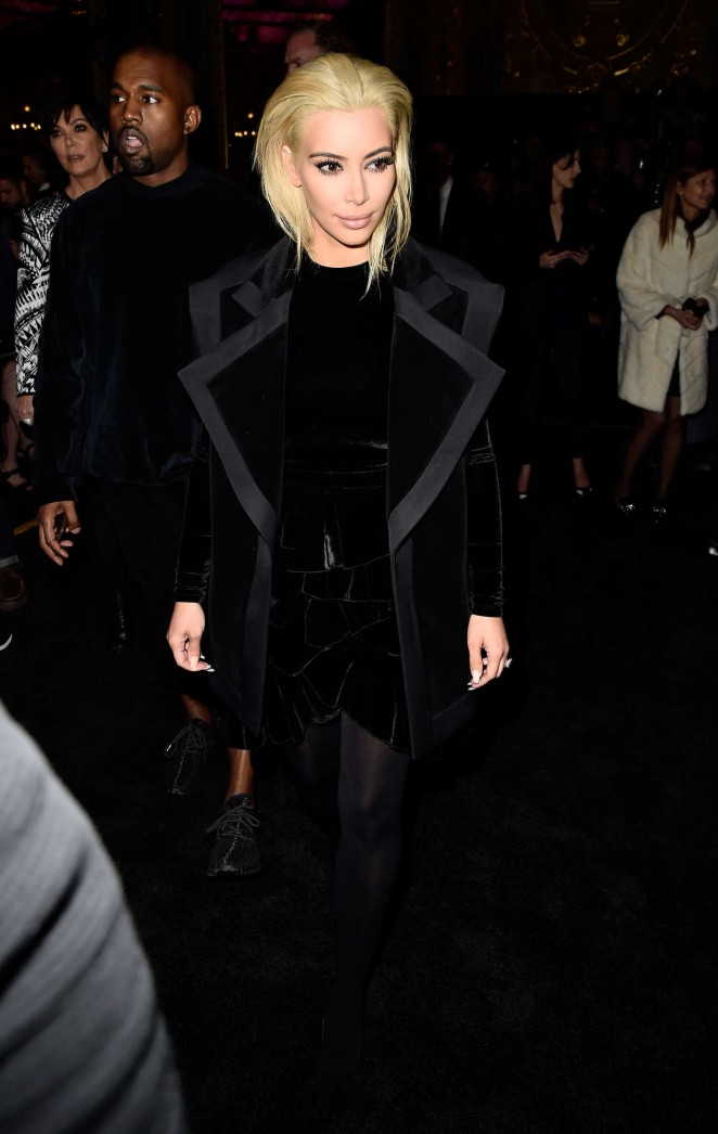 Kim-Kardashian--Balmain-Fashion-Show-2015