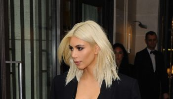 Kim-Kardashian-in-Black-Out-in-Paris-02-662×1260