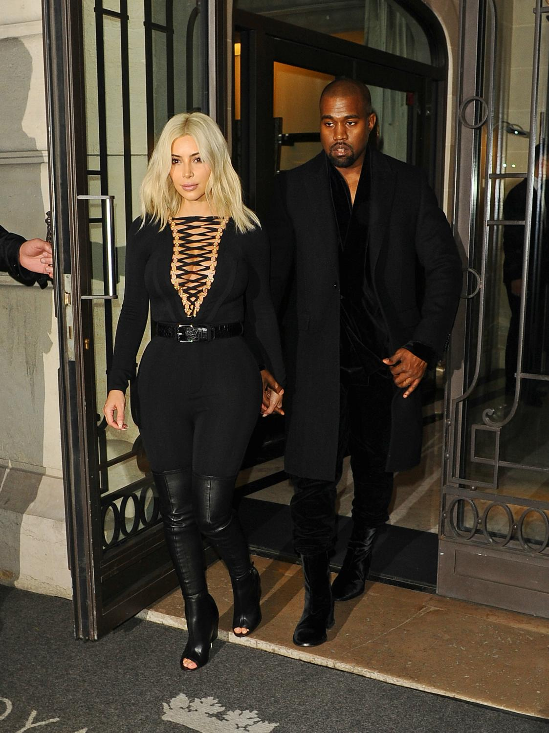 Kim-Kardashian-Kanye-West-Givency-March8-2015-paris