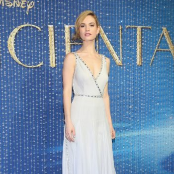 Lily-James-Cinderella-Mexico-Blue-Dress