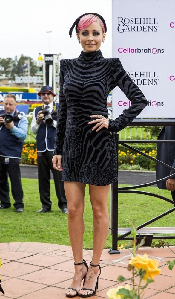 Nicole-Richies-Australia-Golden-Slipper-Race-Day-Balmain-Velvet-and-Silk-Chiffon-Zebra-Mini-Dress
