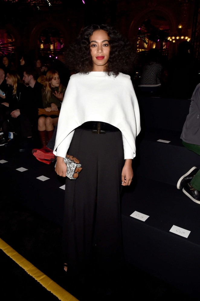 Solange-Knowles--Balmain-Fashion-Show-2015-