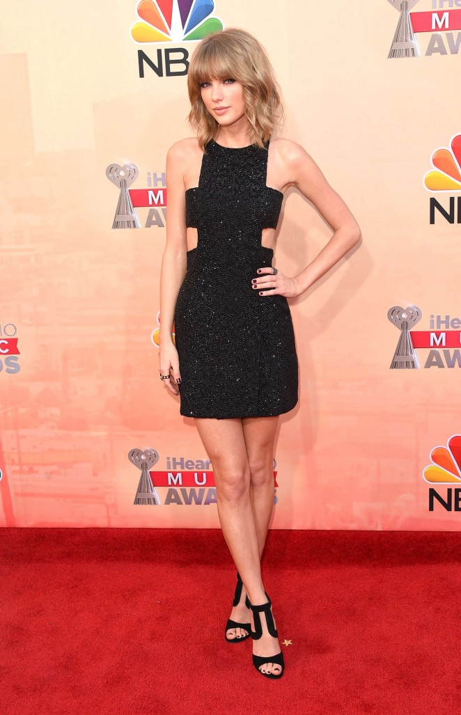 Taylor-Swift--2015-iHeartRadio-Music-Awards