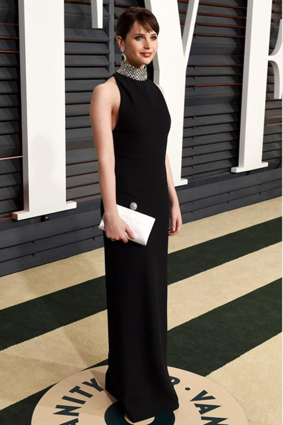 felicity-jones-saint-laurent-2015-vanity-fair-party