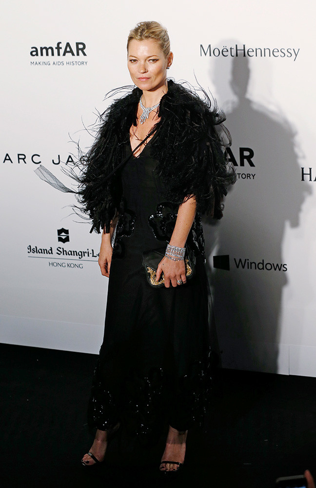 Kate-Moss-in-Marc-Jacobs-2015-amfAR-Hong-Kong-Gala