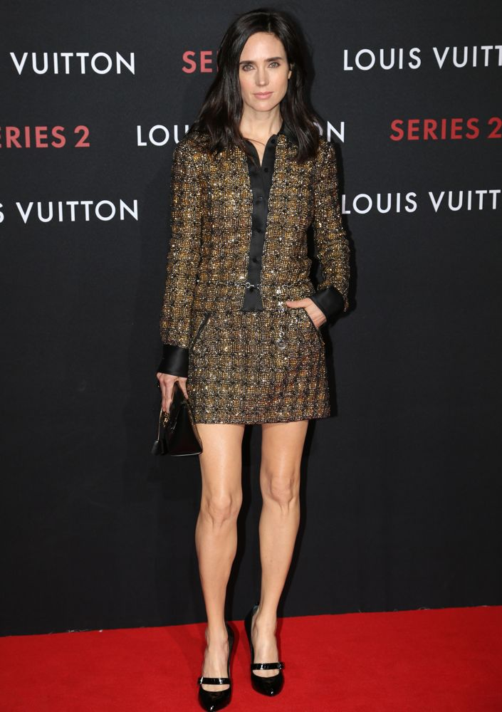 Jennifer-Connelly-in-Louis-Vuitton-at-the-Louis-Vuitton-Series-2-Exhibition