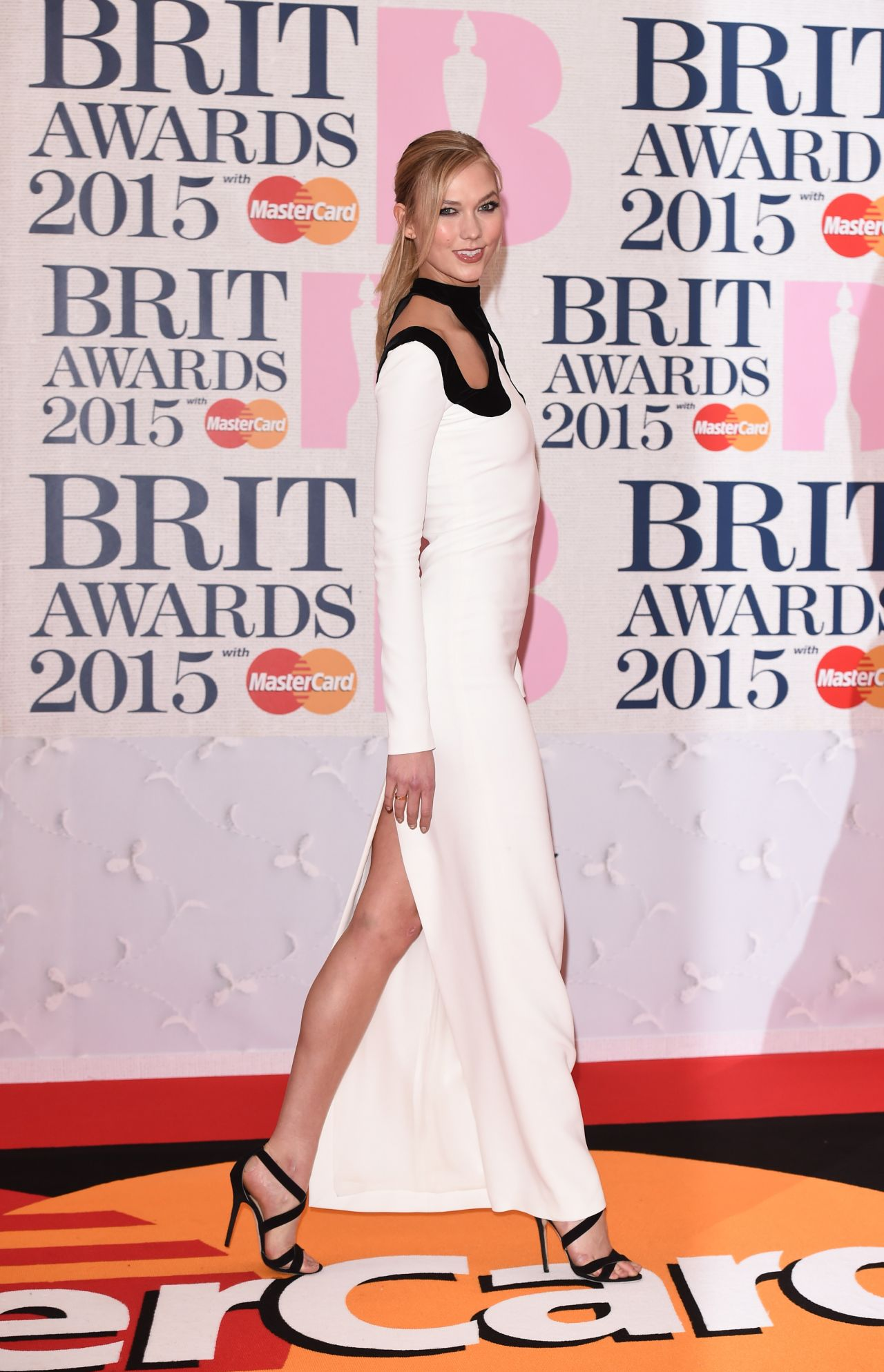 karlie-kloss-tom-ford-2015-brit-awards