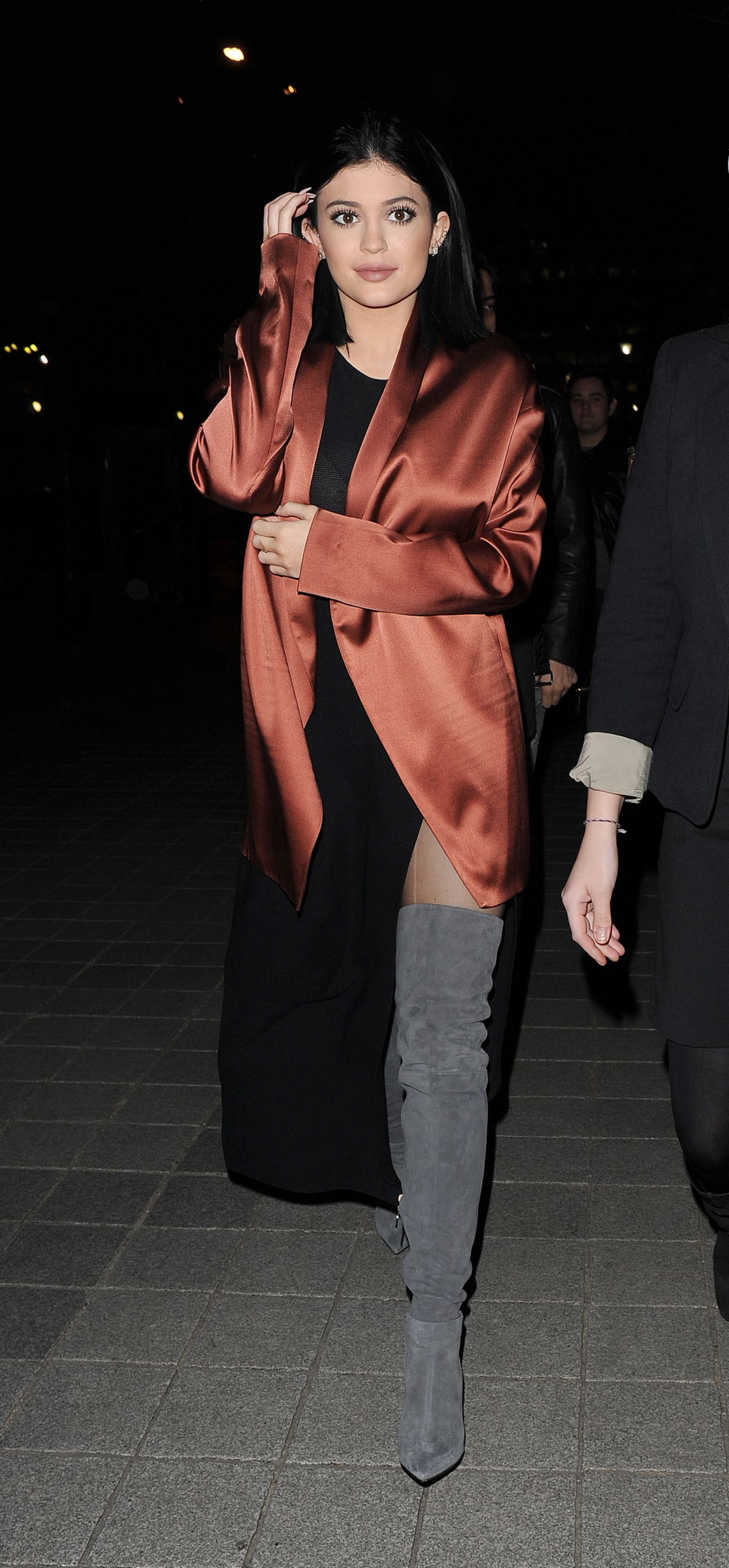 kylie-jenner-night-out-style-london-march-2015_1