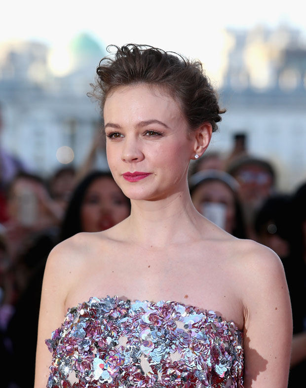 """carey-mulligan-in-christian-dior-couture-far-from-the-madding-crowd-world-premiere"