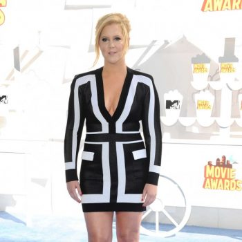 Amy-Schumer-2015-MTV-Movie-Awards-06-662×993