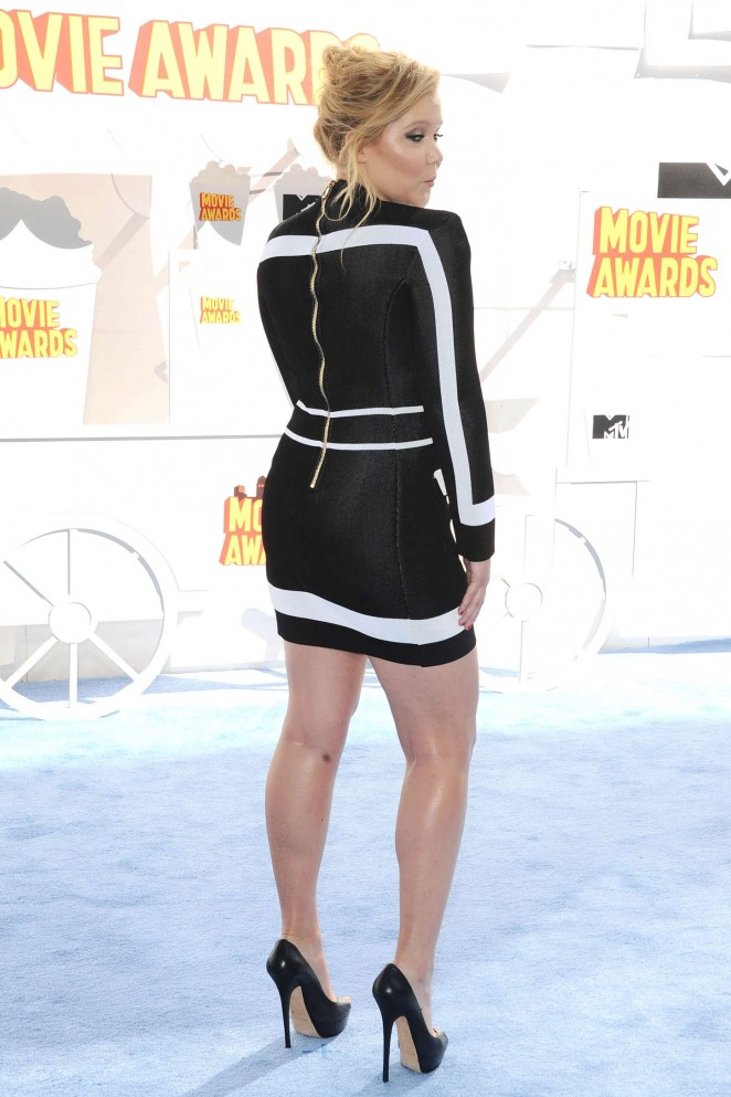 Amy-Schumer--2015-MTV-Movie-Awards-