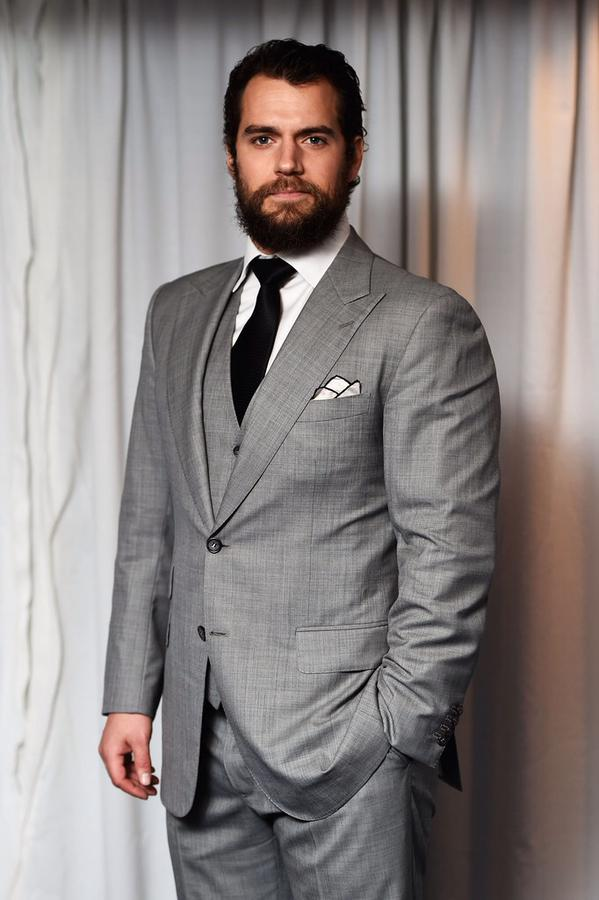Henry-Cavill-in-Tom-Ford-at-the-Jameson-Empire-Awards