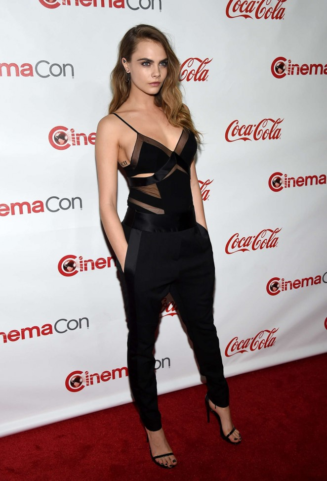 cara-delevingne-in-alexandre-vauthier-couture-the-cinemacon-big-screen-achievement-awards