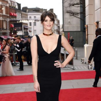 Gemma-Arterton-2015-Olivier-Awards-10-662×1028