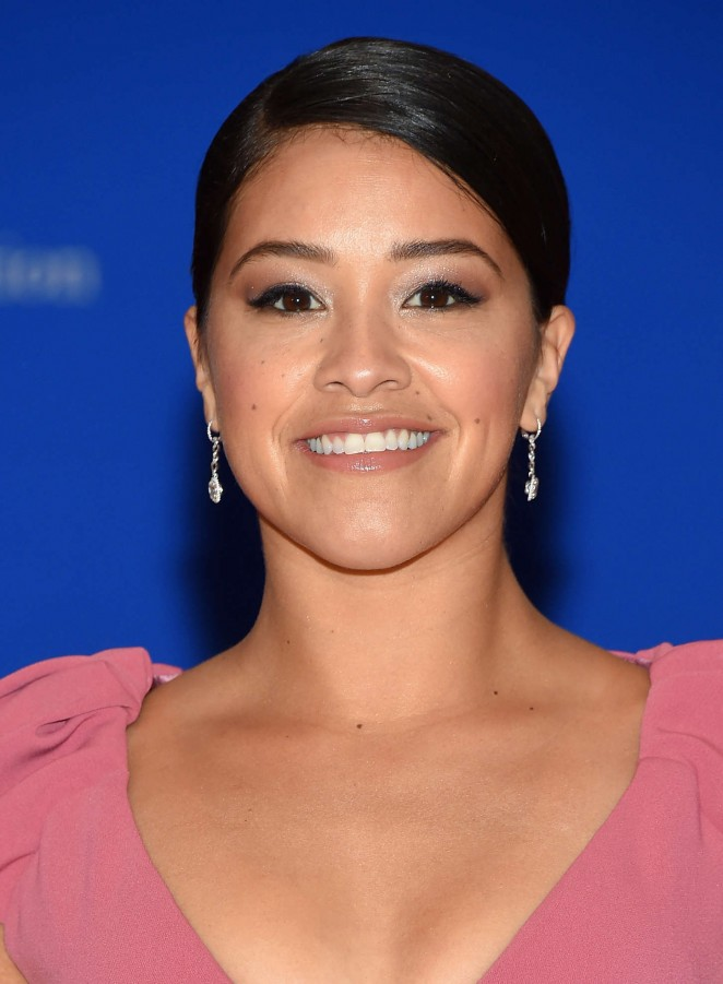 Gina-Rodriguez--2015-White-House-Correspondents-Association-Dinner-