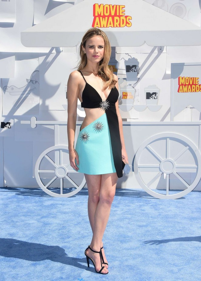 Halston-Sage--2015-MTV-Movie-Awards--