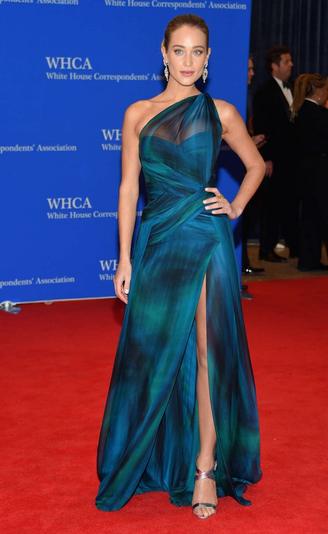 Hannah-Davis--in-Georges -Chakra-2015-White-House-Correspondents-Association-Dinner-