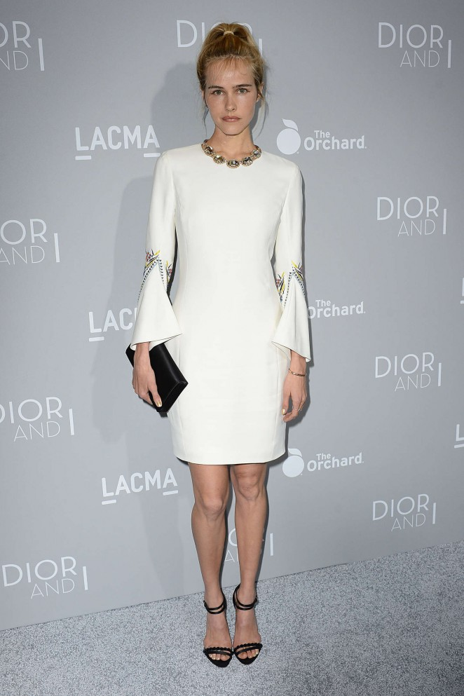 Isabel-Lucas--Orchard-Premiere-of-Dior-