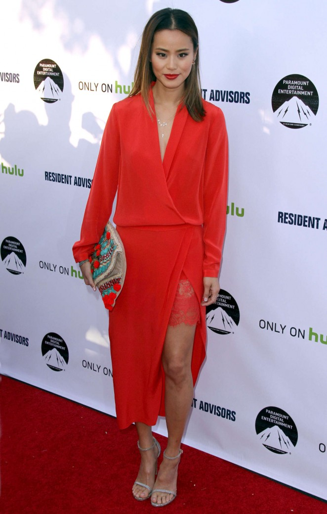 jamie-chung-in-mason-by-michelle-mason-resident-advisors-la-premiere