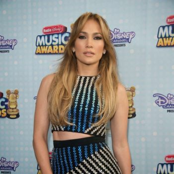 Jennifer-Lopez-2015-Radio-Disney-Music-Awards-05-662×993