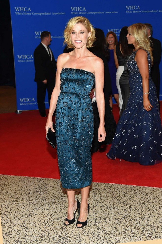 Julie-Bowen-2015-White-House-Correspondents-Association-Dinner-07-662×996