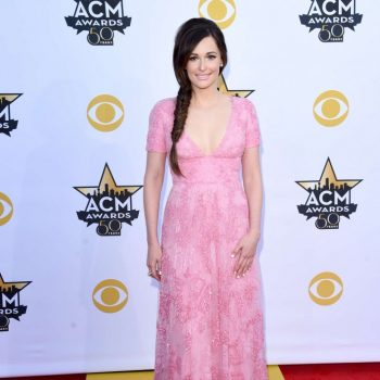 Kacey-Musgraves-2015-Academy-Of-Country-Music-Awards-01-662×899