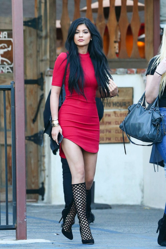 Kylie Jenner In Red Dress With Lattice-style Heels