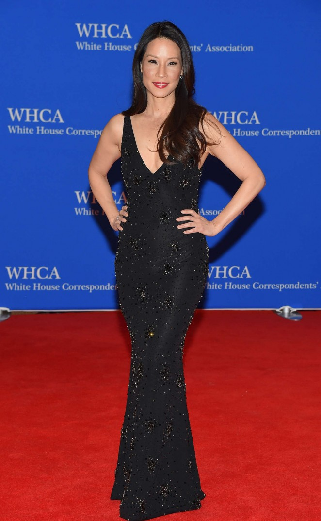 Lucy-Liu-2015-White-House-Correspondents-Association-Dinner-02-662×1073