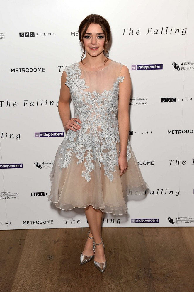 Maisie-Williams-The-Falling-London-Gala-Screening-01-662×994