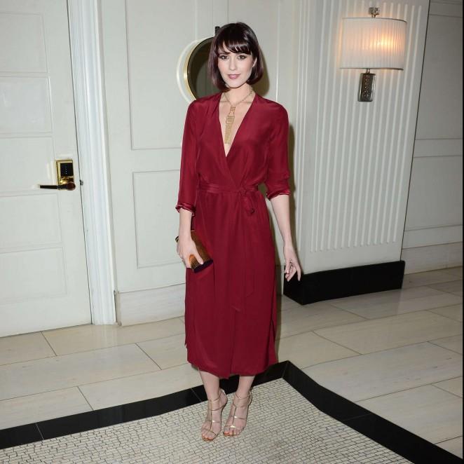 Mary-Elizabeth-Winstead--Alex-Of-Venice-LA-Premiere-