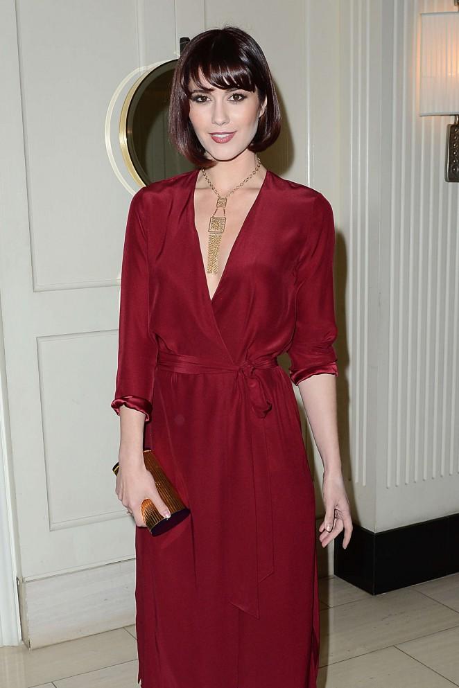 Mary-Elizabeth-Winstead--Alex-Of-Venice-LA-Premiere