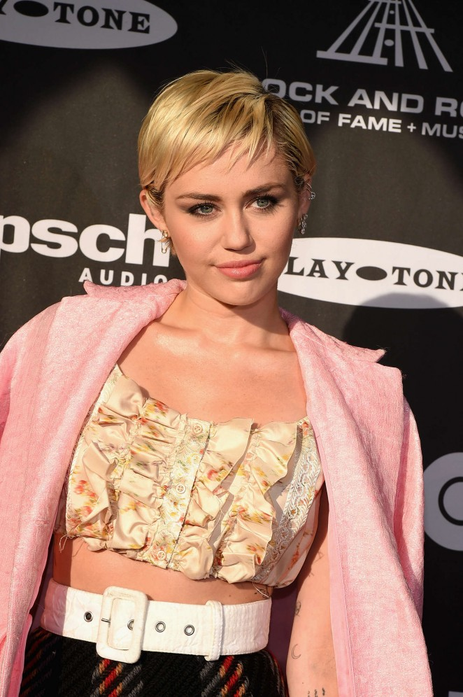 miley-cyrus-miu-miu-30th-annual-rock-roll-hall-fame-induction-ceremony