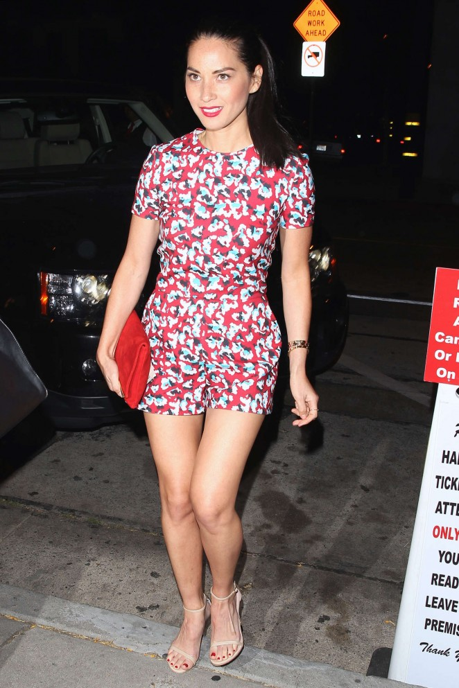 olivia-munn-in-mary-katrantzou-out-in-west-hollywood