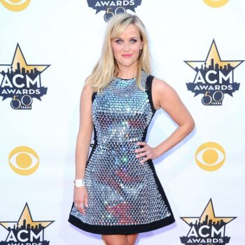 Reese-Witherspoon-2015-Academy-Of-Country-Music-Awards-05-662×1033