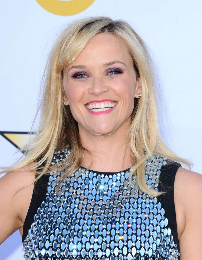 reese-witherspoon-in-david-koma-2015-acm-awards/