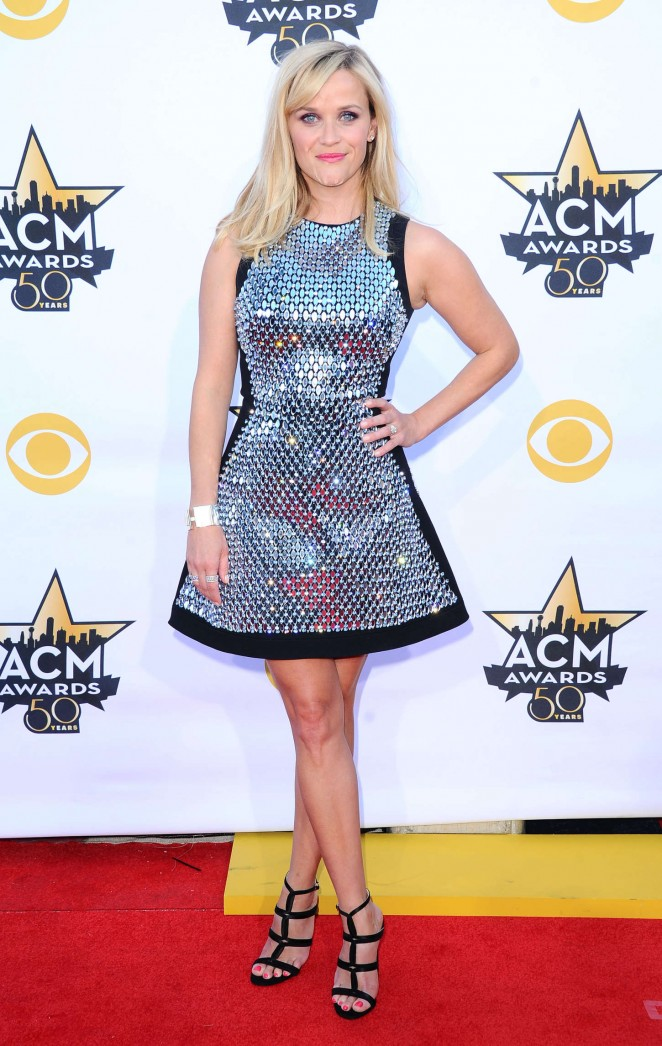 reese-witherspoon-in-david-koma-2015-acm-awards/Reese-Witherspoon--2015-Academy-Of-Country-Music-Awards--10-662x1046