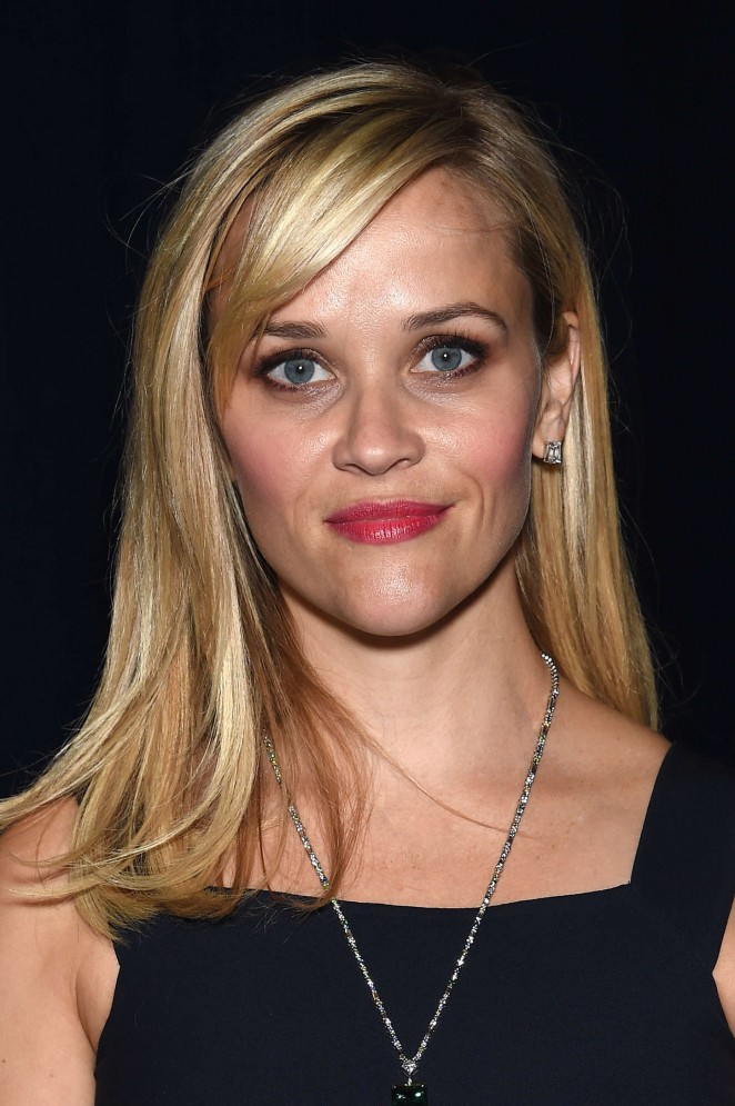 Reese-Witherspoon--Tiffany-Blue-Book-Dinner--06-662x995