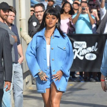 Rihanna-Leggy-at-Jimmy-Kimmel-Live-01-662×993