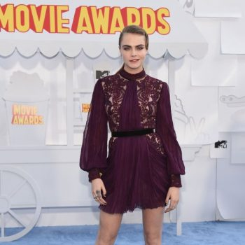 cara-delevingne-2015-mtv-movie-awards-in-los-angeles_1_thumbnail