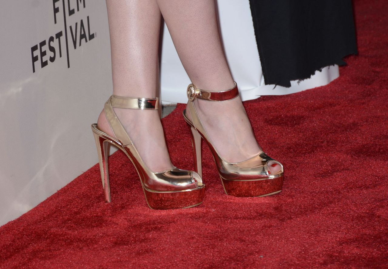 dakota-fanning-franny-premiere-in-new-york-city_25