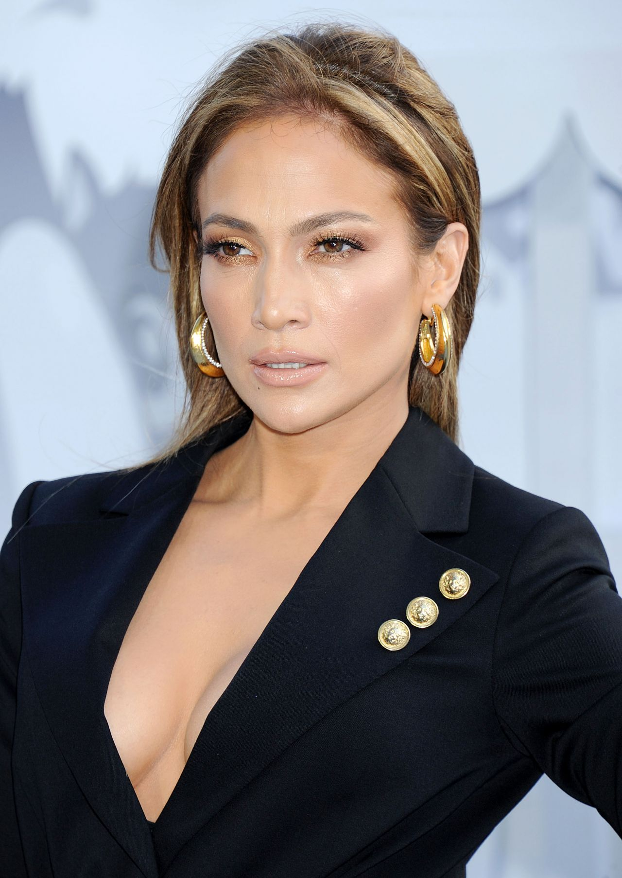 jennifer-lopez-2015-mtv-movie-awards-in-los-angeles_